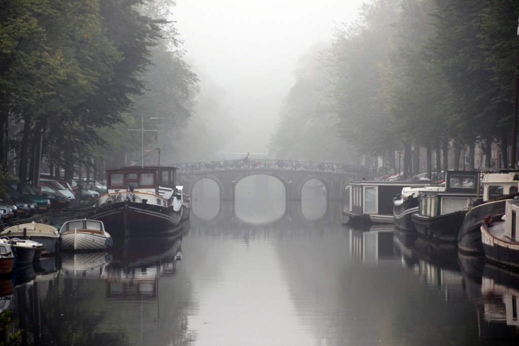 amsterdam-gracht-nebel-1