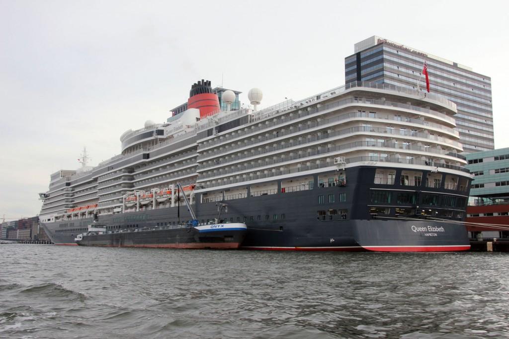 amsterdam-grachtenfahrt-hafen