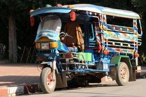 Laos-Transportmittel-Tuktuk